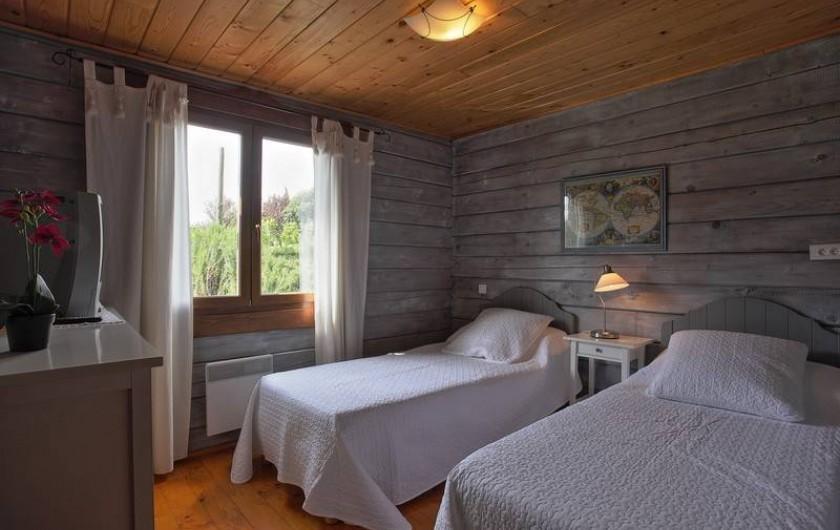 Location de vacances - Chalet à Saissac - La chambre double.