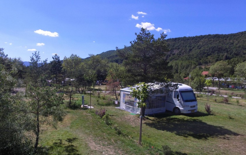 Location de vacances - Chalet à Veynes - emplacements de camping