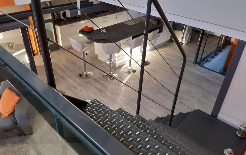Location de vacances - Appartement à Beaune - Vue de l'étage !