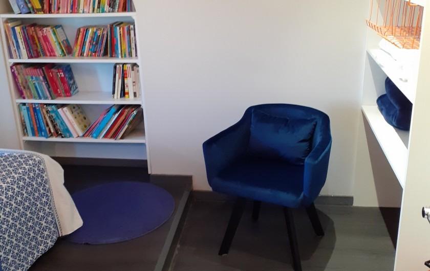Location de vacances - Appartement à Beaune - Coin lecture !