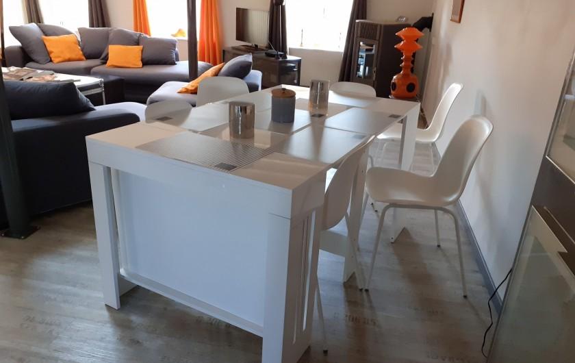 Location de vacances - Appartement à Beaune - Espace repas pouvant convenir à 12 personnes