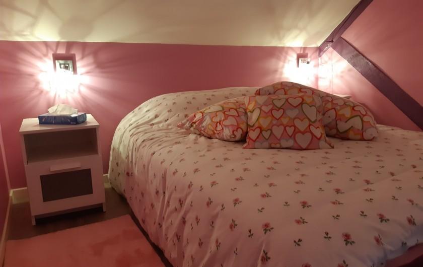 Location de vacances - Appartement à Beaune - 3ème chambre pour voir la vie en rose !