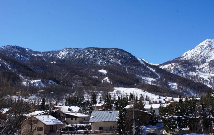 Location de vacances - Appartement à La Salle-les-Alpes - vue depuis pièce à vivre