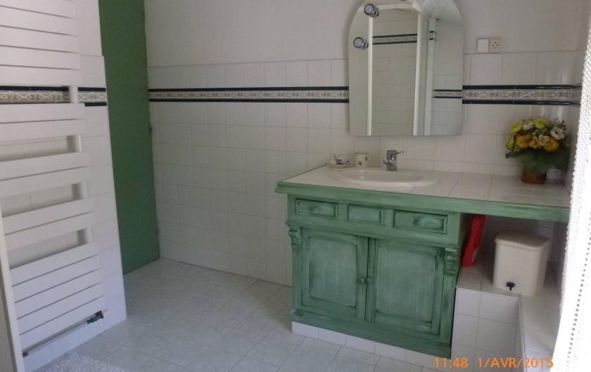 Location de vacances - Maison - Villa à Mérindol - Salle de douche 2 à l'étage