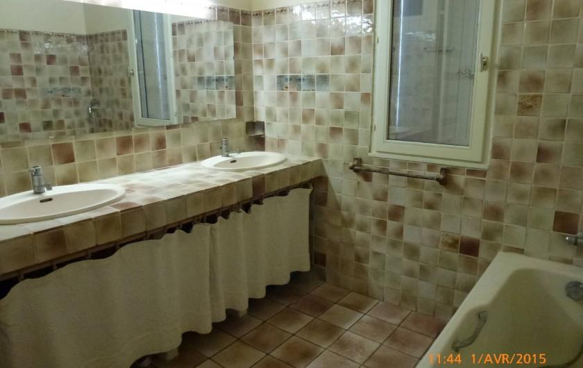 Location de vacances - Maison - Villa à Mérindol - Salle de bain du rdc