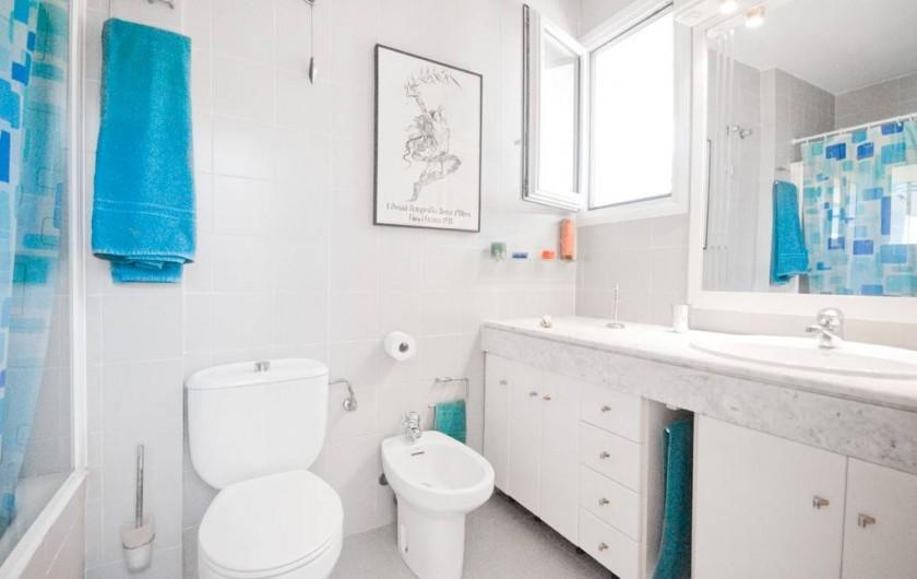 Location de vacances - Villa à Vila Olímpica - Salle de bain 1 (il y en a une autre et un WC)
