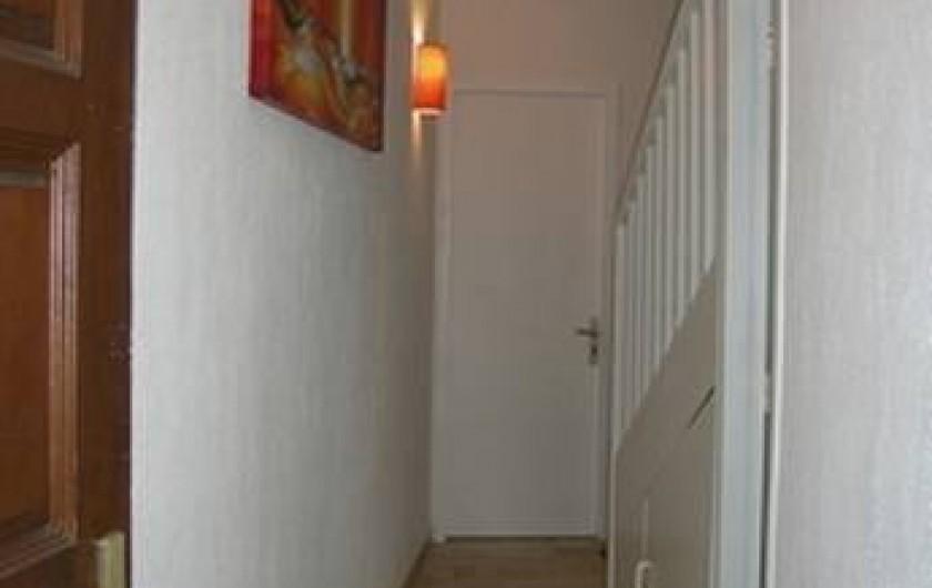 Location de vacances - Appartement à Saint-Gilles les Bains - Étage 1 - Entrée