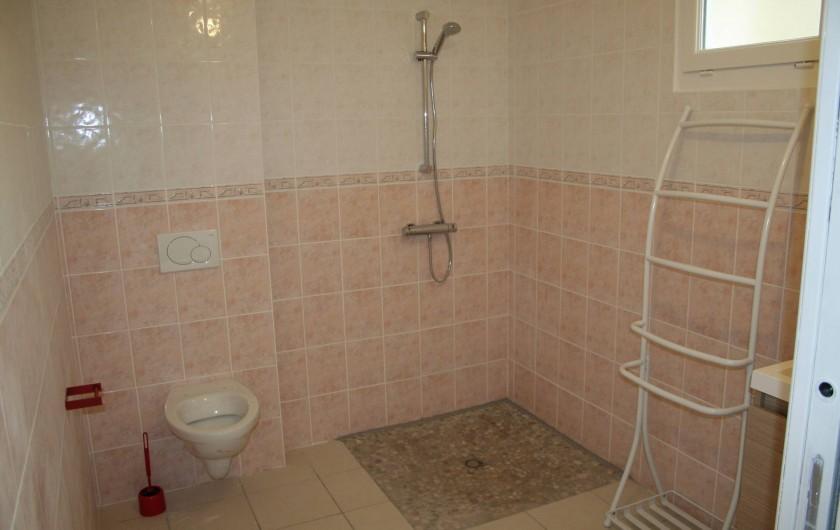 Location de vacances - Maison - Villa à Wissant - Salle de douche au rez de chaussée