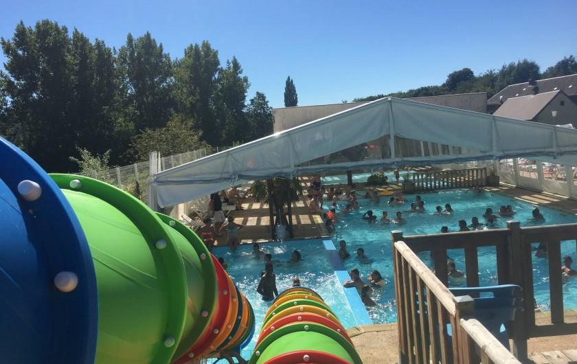 Location de vacances - Camping à Warlincourt-lès-Pas - les toboggans de la piscine installés en 2016