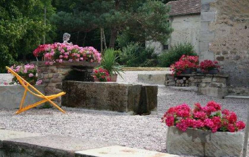 Location de vacances - Chambre d'hôtes à Le Clerjus - La fontaine