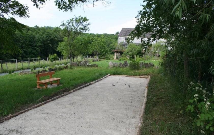 Location de vacances - Chambre d'hôtes à Le Clerjus - Le terrain de pétanque