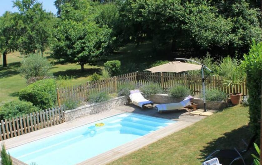 Location de vacances - Gîte à Saint-Agne - Piscine sécurisée par un volet et une barrière