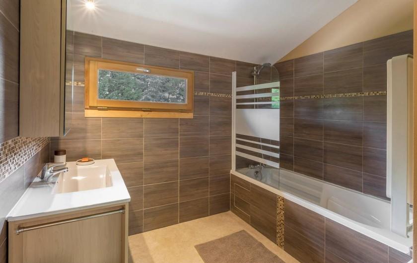 Location de vacances - Gîte à Saint-Agne - Salle de bain avec w-c