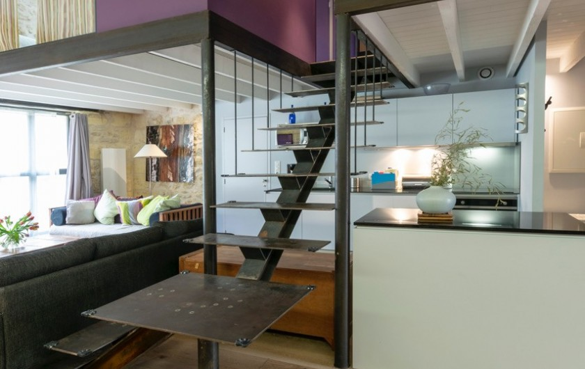Location de vacances - Gîte à Bourg sur Gironde - vue salon gîte