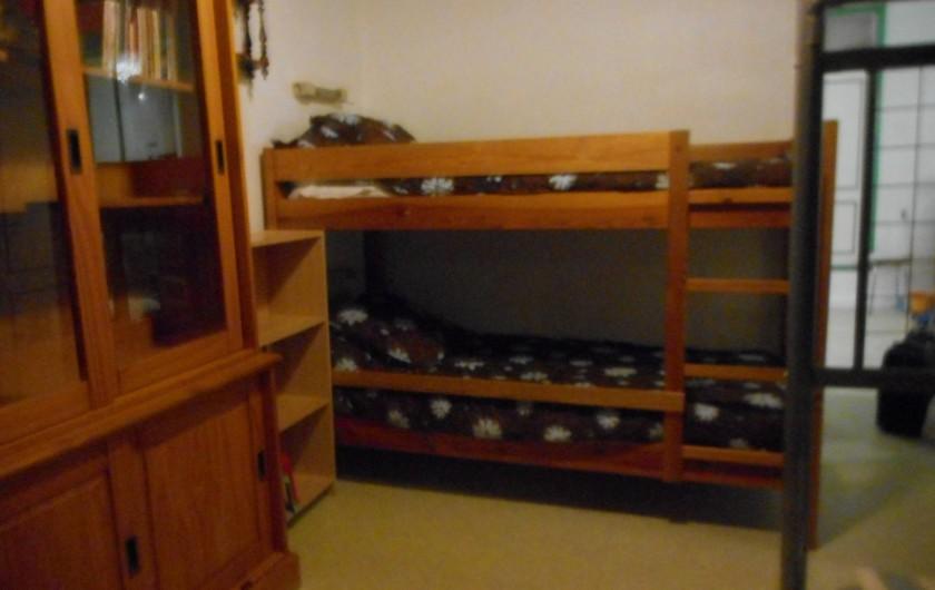 Location de vacances - Appartement à Saint-Malo - Chambre 2 (lits superposés)