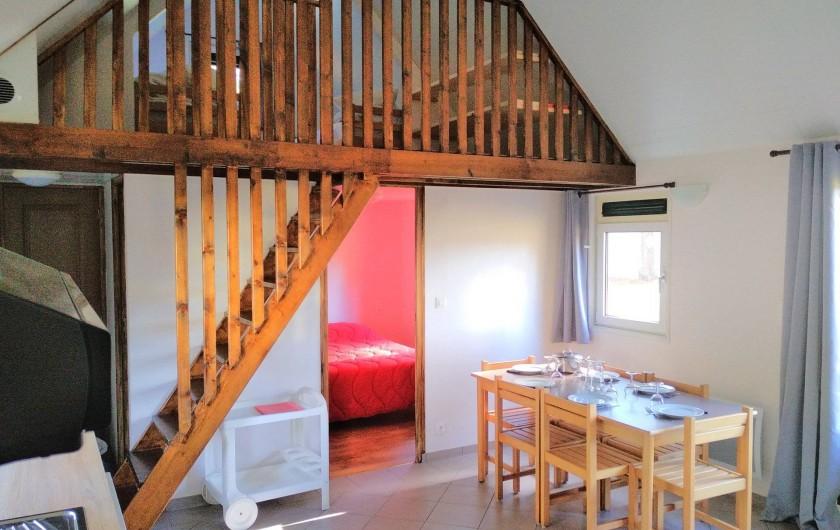 Location de vacances - Chalet à Servières-le-Château - chambre enfant