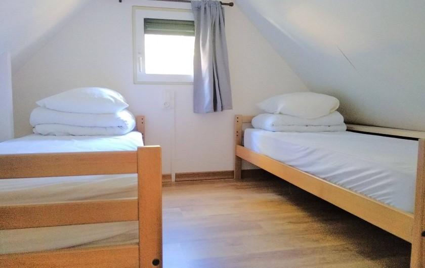 Location de vacances - Chalet à Servières-le-Château - Mezzanine 2 lits simples