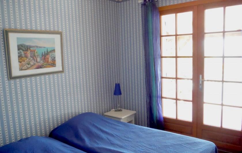 Location de vacances - Villa à Saint-Cézaire-sur-Siagne - chambre 3