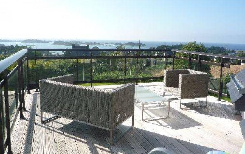Location de vacances - Villa à Penvénan - salon sur la terrasse a l'étage