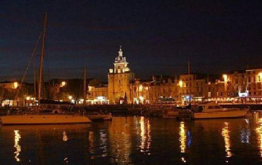 Location de vacances - Appartement à La Rochelle - La Rochelle la nuit