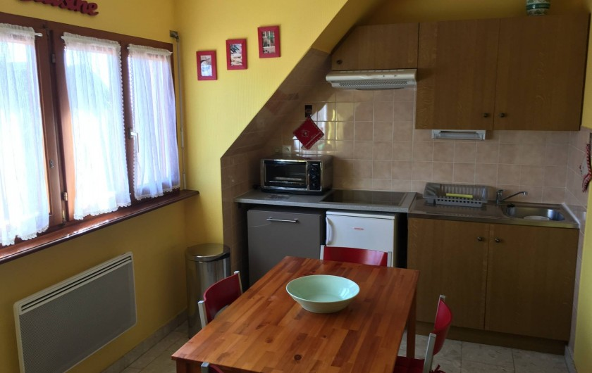 Location de vacances - Appartement à Orschwiller - Cuisine du Gite Coté jardin