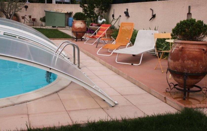 Location de vacances - Villa à Monteux - EXTERIEUR A piscine privative 3,5X7,5m transats jardin paysager de 800m2