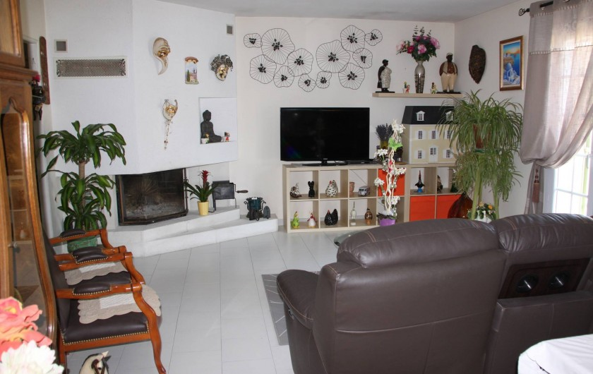 Location de vacances - Villa à Monteux - SALON 1 canapé 3 places 2 grands fauteuils table basse