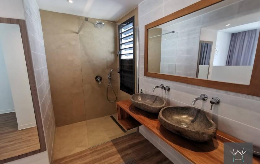 Location de vacances - Villa à Sainte-Anne - Salle d'eau suite 2