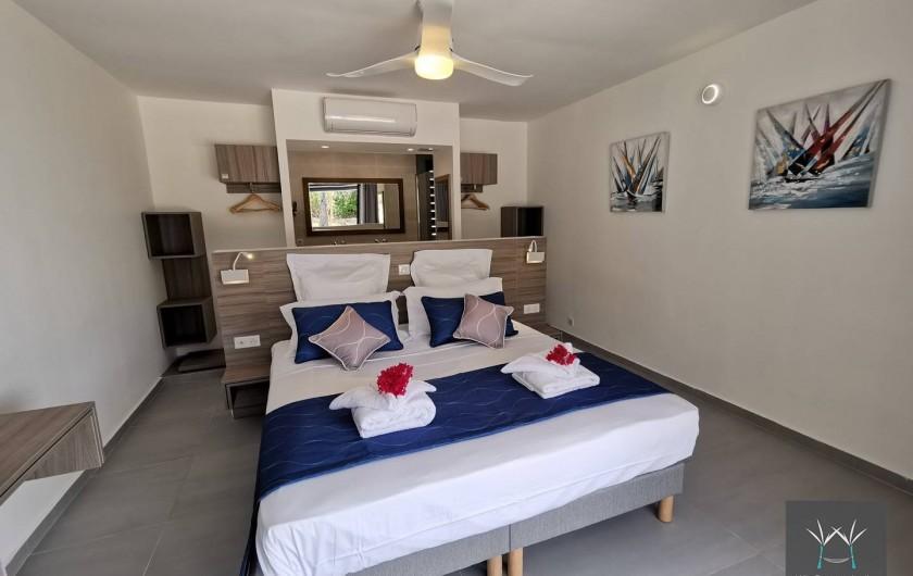 Location de vacances - Villa à Sainte-Anne - Suite 5 rez de jardin lit 180 x 200