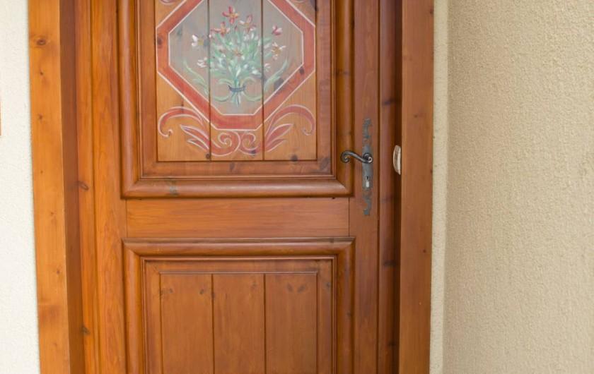 Location de vacances - Appartement à Les Carroz d'Arâches - porte entrée