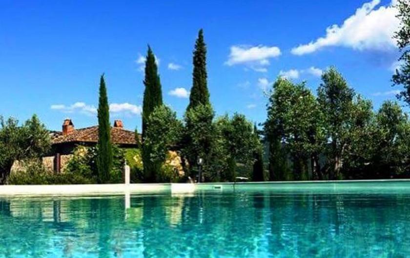 Location de vacances - Chambre d'hôtes à Arezzo - Piscine à disposition des chambres