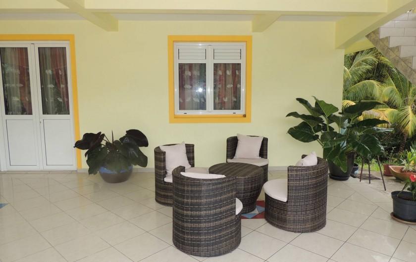 Location de vacances - Appartement à Rivière-Pilote - terrasse