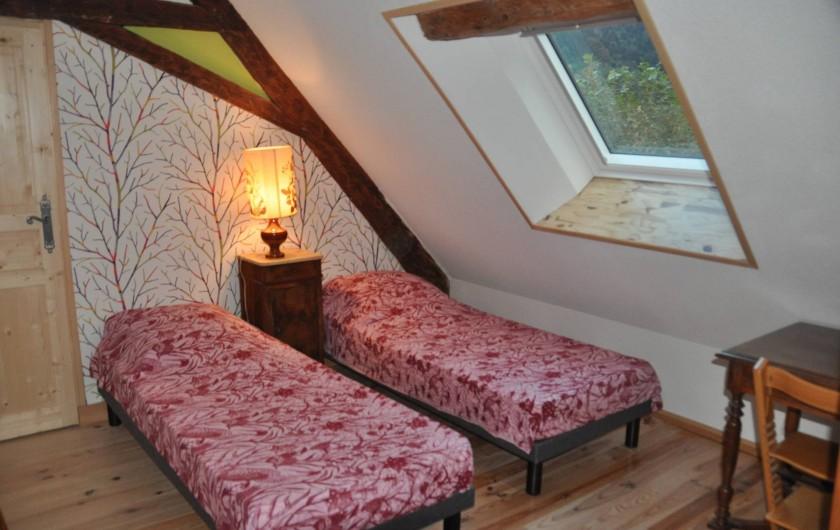 Location de vacances - Gîte à Grenoble - nouvelle chambre séparée avec bureau