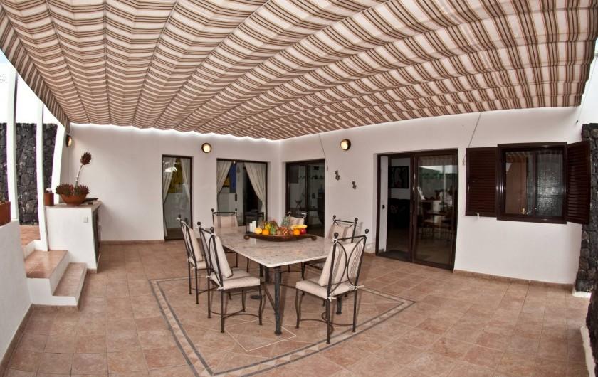 Location de vacances - Chalet à Costa Teguise - Terrasse couverte