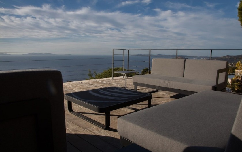 Location de vacances - Villa à Rayol-Canadel-sur-Mer - Terrasse piscine