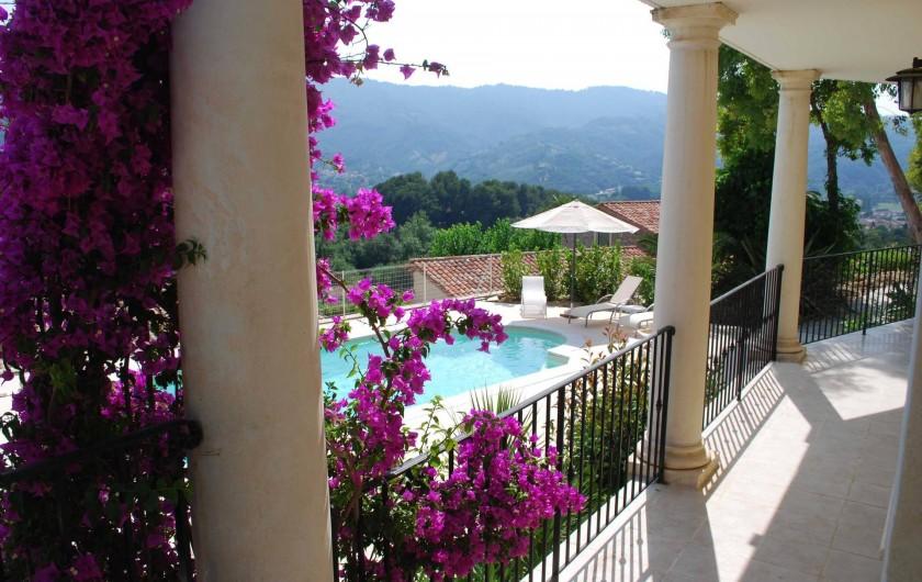 Location de vacances - Villa à La Roquette-sur-Siagne - Terrasse