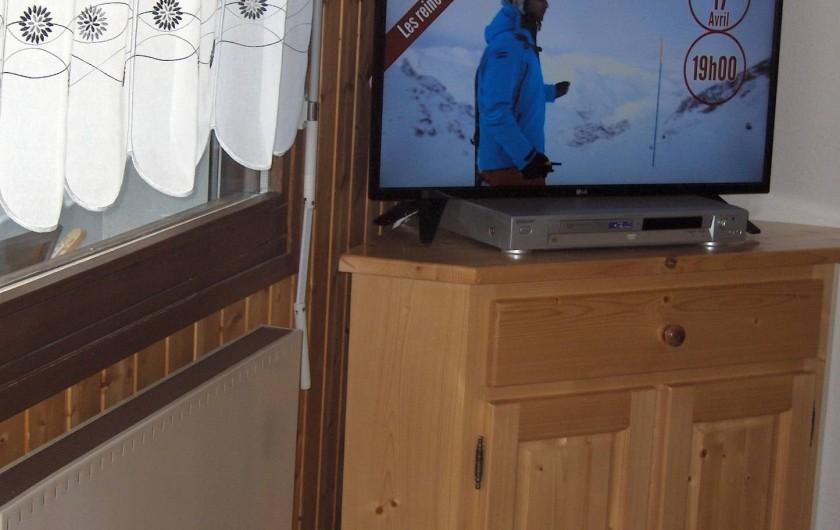 Location de vacances - Appartement à Samoëns - Télévision écran plat et lecteur DVD