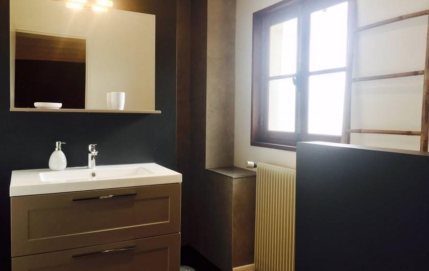"""Location de vacances - Villa à Sauvelade - Salle d'eau   """" Faites un rêve """""""