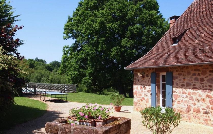 Location de vacances - Gîte à Hautefort - La cour