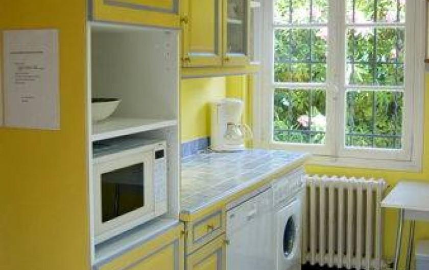 Location de vacances - Villa à Antibes - La cuisine