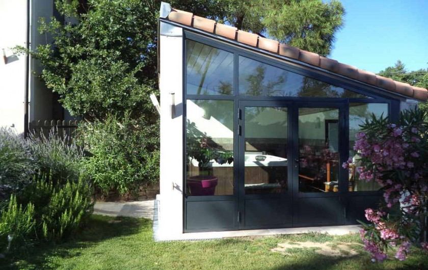 Location de vacances - Villa à Aubenas - Pièce jacuzzi