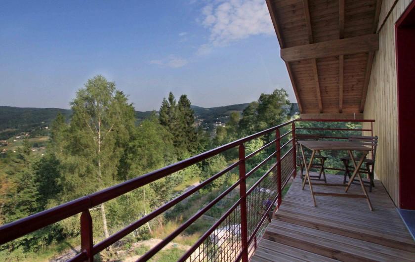 Location de vacances - Chalet à Le Tholy - Balcon chambre SAPIN