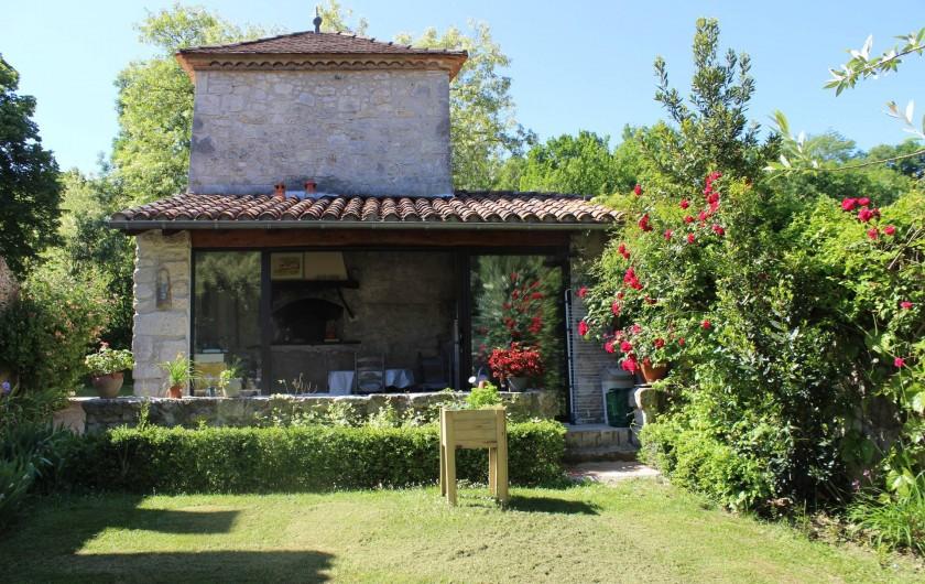 Location de vacances - Chambre d'hôtes à Bajamont - cuisine  garde pile