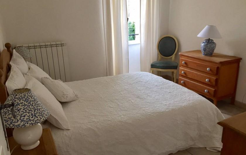 Location de vacances - Gîte à Saint-Jean-de-Valériscle - Gîte La Grande Bleue, chambre 1
