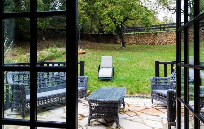 Location de vacances - Villa à Auriac-du-Périgord - TERRASSE SUITE PARENTAL