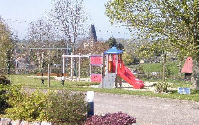 Location de vacances - Bungalow - Mobilhome à Le Bourg-Dun - air de jeux