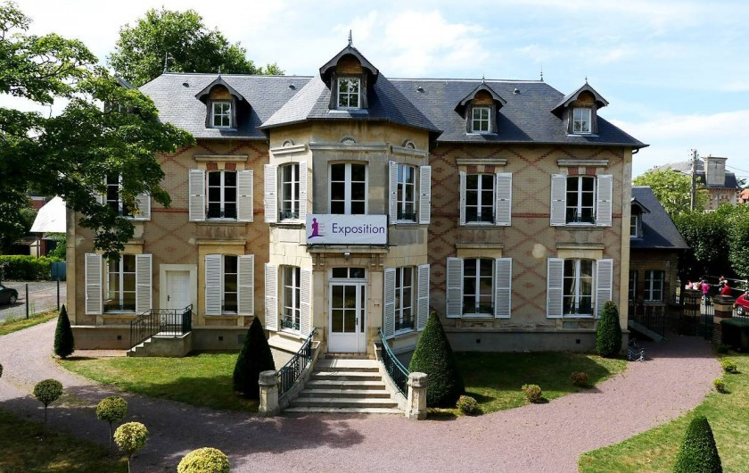 Location de vacances - Appartement à Cabourg - musée M PROUST EN COURS