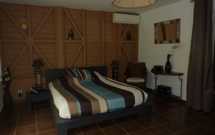 Location de vacances - Villa à Saint-François - CHAMBRE PARENTALE CHAMBRE N° 5  AVEC DRESSING ET SALLE D'EAU ET WC PRIVATIF
