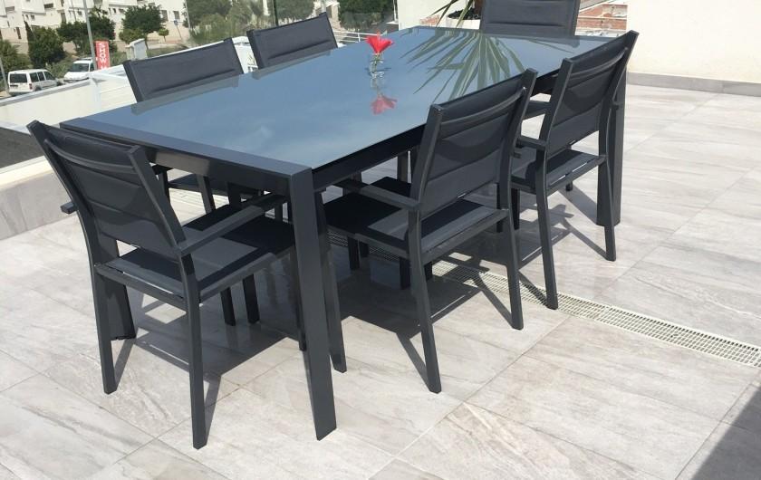 Location de vacances - Villa à San Miguel de Salinas - table extensible du patio