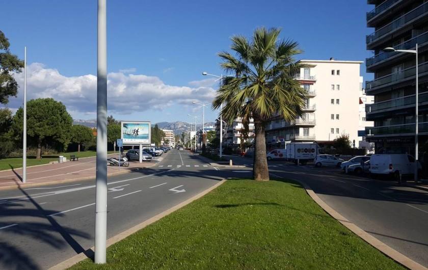 Location de vacances - Studio à Cagnes-sur-Mer - 3 min à pied du studio
